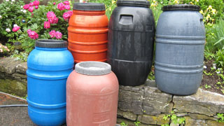 Plastic 55 Gallon Screwtop Barrels in Vermont